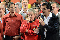ATENCAO EDITOR IMAGEM EMBARGADA PARA VEICULOS INTERNACIONAIS - SAO PAULO, SP, 20 OUTUBRO 2012 - ELEICOES 2012 - FERNANDO HADDAD - O candidato do PMDB Gabriel Chalita (D) durante comício do candidato Fernando Hadddad com presenca presidente da Republica Dilma Rousseff e o ex presidente Luiz Inacio Lula da Silva no Ginasio do Caninde na regiao norte da capital paulista, neste sábado, 20. (FOTO: ALEXANDRE MOREIRA / BRAZIL PHOTO PRESS).