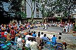 Apresentação de dança em Havana. Cuba. 1984. Foto de Juca Martins.