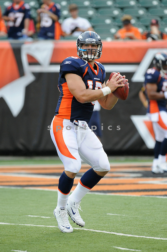 TIM TEBOW, of the Denver Broncos  in action during the Broncos game against the Cincinnati Bengals at Paul Brown Stadium in Cincinnati, OH.  on August 20, 2010.  The Bengals beat the Broncos 22-9 in the second week of preseason games...