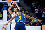 Real Madrid Facundo Campazzo and Herbalife Gran Canaria Clevin Hannah during Turkish Airlines Euroleague match between Real Madrid and Herbalife Gran Canaria at WiZink Center in Madrid, 20 November 2018. (ALTERPHOTOS/Borja B.Hojas)