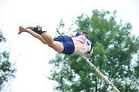 FIERLJEPPEN: GRIJPSKERK: 19-06-2013, Oane Galama tijdens zijn topsprong van 20.96m, ©foto Martin de Jong