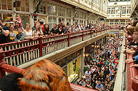 Pictured: Saturday 17 September 2016<br /> Re: Roald Dahl&rsquo;s City of the Unexpected has transformed Cardiff City Centre into a landmark celebration of Wales&rsquo; foremost storyteller, Roald Dahl, in the year which celebrates his centenary.<br /> Hundreds pack the Castle Arcade, Cardiff, to watch the Fox String Quartet.