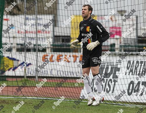 2010-03-21 / Voetbal / seizoen 2009-2010 / KFC Duffel - Berchem Sport / Tom Daems..Foto: Mpics
