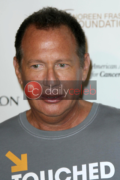 Garry Shandling<br />at Stand Up To Cancer. Kodak Theater, Hollywood, CA. 09-05-08<br />Dave Edwards/DailyCeleb.com 818-249-4998