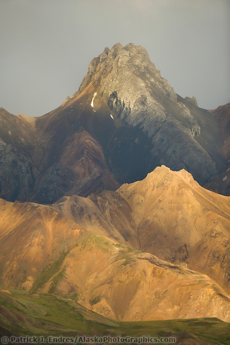 Mountain landscape, Alaska Range, sable pass region, Denali National Park, Alaska