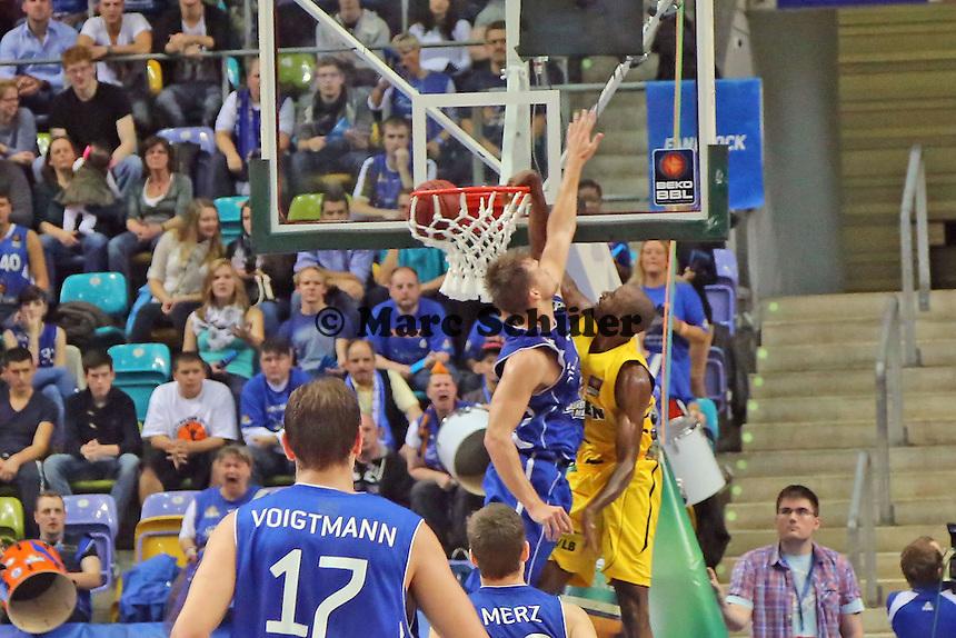 Keaton Grant (Ludwigsburg) beim Dunking - Fraport Skyliners vs. MHP Riesen Ludwigsburg, Fraport Arena Frankfurt