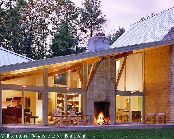 Yarmouth, Maine. Design: Scott Simons Architects