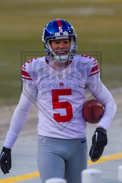 New York Giants kicker Robbie Gould (5) prior to a game against the Green Bay Packers on January 8th, 2017 at Lambeau Field in Green Bay, Wisconsin.  Green Bay defeated New York 38-13. (Brad Krause/Krause Sports Photography)