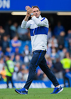 Chelsea v Leicester City Premier League Frank Lampard, Manager of Chelsea applauds the home fans after the one - one draw with Leicester City in the Premier League match at Stamford Bridge, London PUBLICATIONxNOTxINxUKxCHN Copyright: xStevexO Sullivanx FIL-13534-0091  <br /> Foto Imago/Insidefoto <br /> ITALY ONLY<br /> Foto Imago/Insidefoto <br /> ITALY ONLY