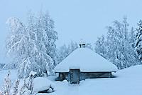 Europe/Finlande/Laponie:Env de Levi/Pöntsö: Galerie d'Art de Reijo Raekallio, peintre, Galley Raekallio, Chambre et Table d'Hôte
