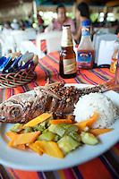 Huachinango al Mojo de Ajo, Restaurant Amigo Miguel costera Miguel Aleman. Acapulco, Guerrero, Mexico