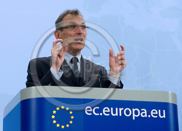 Brussels-Belgium - April 21, 2010 -- Andris PIEBALGS, European Commissioner from Latvia and in charge of Development, during a press conference in the HQ of the EC -- Photo: Horst Wagner / eup-images