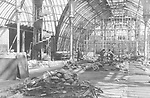 Aufräumarbeiten im von Bomben zerstörten Palmenhaus. Schönbrunn. Um 1945. Photographie von Franz Votava<br /> <br /> - 01.01.1945-31.12.1945<br /> <br /> Reconstruction of the Palmenhaus. During WWII it was destroyed by bombs. Schoenbrunn. Vienna. 1945. Photograph by Franz Votava<br /> <br /> - 01.01.1945-31.12.1945