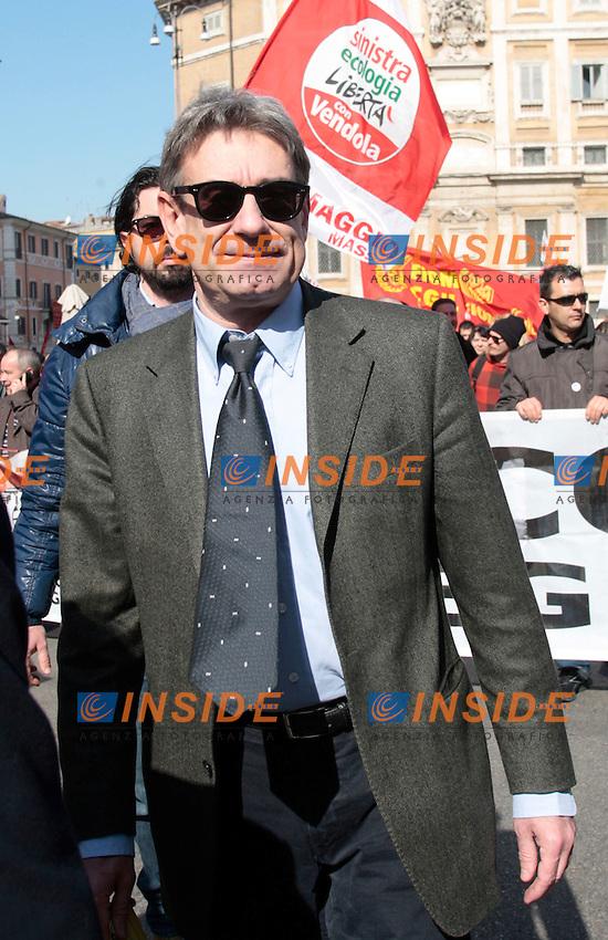 Oliviero Diliberto.Roma 09/03/2012 Manifestazione della FIOM contro il governo e in difesa dell'Articolo 18..Photo Samantha Zucchi Insidefoto