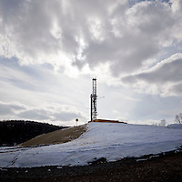 View of a natural gas drilling rig near South Montrose, PA, USA, 25 March 2011.