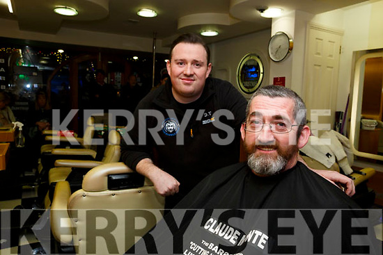 Father-of-three Paul Horan (52) from Shanakill Tralee, who has been fighting thyroid and throat cancer since 2012 and wants to give something back to Recovery Haven and Health link bus