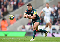 Ben Youngs of Leicester Tigers passes the ball. Aviva Premiership match, between Leicester Tigers and Exeter Chiefs on September 30, 2017 at Welford Road in Leicester, England. Photo by: Patrick Khachfe / JMP