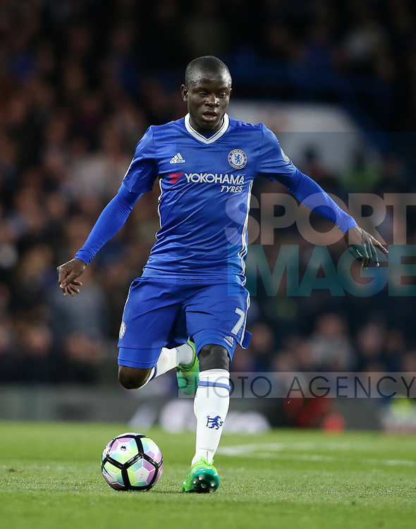 Chelsea's N'Golo Kante in action during the Premier League match at Stamford Bridge Stadium, London. Picture date: April 25th, 2017. Pic credit should read: David Klein/Sportimage