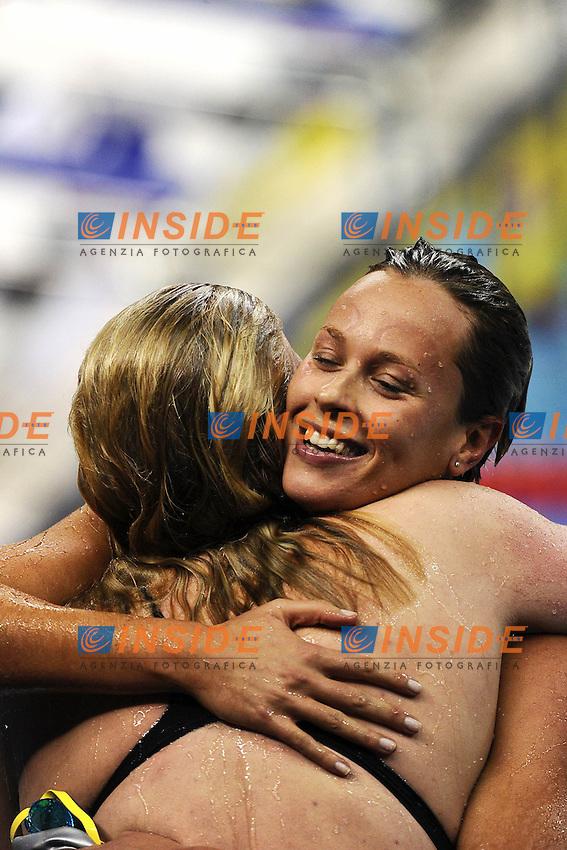 Federica Pellegrini Gold Medal - Medaglia d'oro abbraccia Rebecca ADLINGTON Great Britain.Women's 400m Freestyle - Swimming / Nuoto.Shanghai 24/7/2011 .14th FINA World Championships.Foto Andrea Staccioli Insidefoto