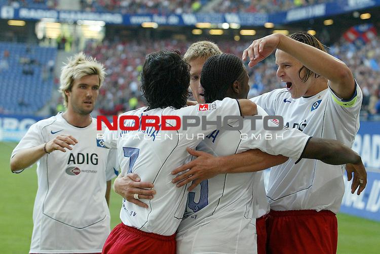 Bundesliga 2004/2005 -  Hamburger SV <br /> <br /> Hamburger SV vs 1.FC Nuernberg (NŁrnberg)<br /> <br /> Emile Mpenza schiesst das 3-1 fuer Hamburg und jubelt mit Daniel Van Buyten, Raphael Wicky, Christian Rahn und Mehdi Mahdavikia.<br /> <br /> Foto &copy; nordphoto - Anja Heinemann<br /> <br /> <br /> <br /> <br /> <br /> <br /> <br />  *** Local Caption *** Foto ist honorarpflichtig! zzgl. gesetzl. MwSt.<br /> <br /> <br /> <br /> Belegexemplar erforderlich<br /> <br /> <br /> <br /> Adresse: nordphoto<br /> <br /> <br /> <br /> Georg-Reinke-Strasse 1<br /> <br /> <br /> <br /> 49377 Vechta