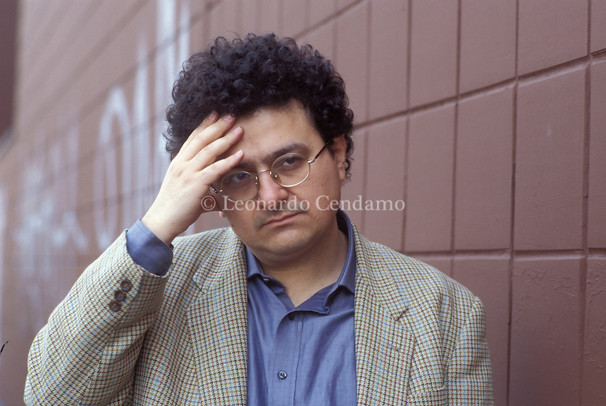 2004: GIANNI BIONDILLO, WRITER  © Leonardo Cendamo