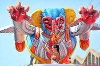 BARRANQUILLA - COLOMBIA, 22-02-2020: La reina del Atléntico durante el desfile Batalla de Flores del Carnaval de Barranquilla 2019, patrimonio inmaterial de la humanidad, que se lleva a cabo entre el 22 y el 25 de febrero de 2020 en la ciudad de Barranquilla. / The queen of Atlantico during the Batalla de las Flores as part of the Barranquilla Carnival 2020, intangible heritage of mankind, that be held between March 22 to 25, 2020, at Barranquilla city. Photo: VizzorImage / Alfonso Cervantes / Cont.