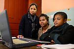 MADAGASCAR Antananarivo / MADAGASKAR Antananarivo, CENTER FIHAVANANA fuer Strassenkinder geleitet von den SCHWESTERN VOM GUTEN HIRTEN / SOEURS DU BON PASTEUR / GOOD SHEPHERD SISTERS, Computerausbildung