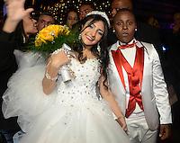 SÃO PAULO,SP, 13.06.2016 - CASAMENTO-PEPÊ  - A cantora Pepê (da dupla Pepê & Neném) durante seu casamento com Thalyta Santos no bairro do Tatuapé em São Paulo na noite de ontem segunda-feira, 13 .(Foto: Eduardo Martins/ Brazil Photo Press)