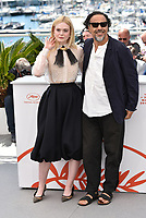 CANNES, FRANCE - MAY 14: Jury Member Elle Fanning wearing Chopard and President of the Main competition jury Alejandro Gonzalez Inarritu attend the Jury photocall during the 72nd annual Cannes Film Festival on May 14, 2019 in Cannes, France.<br /> CAP/PL<br /> ©Phil Loftus/Capital Pictures