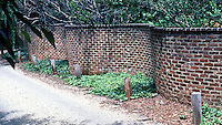Thomas Jefferson: Serpentine Garden Wall behind Central.  Composition.  Photo '85.
