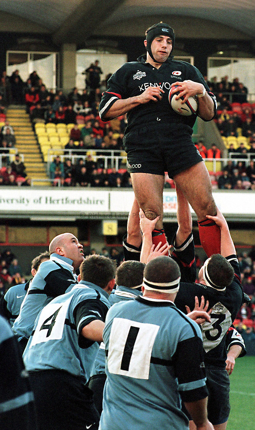 Photo. Richard Lane. .Saracens v Cardiff. 17/1/99..Saracens Danny Grewcock unchallenged at the line out..