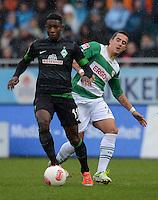 Fussball 1. Bundesliga :  Saison   2012/2013   9. Spieltag  27.10.2012 SpVgg Greuther Fuerth - SV Werder Bremen Eljero Elia (li, SV Werder Bremen) gegen Sercan Sararer (Greuther Fuerth)