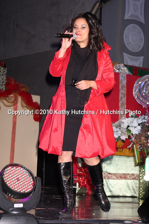 LOS ANGELES - NOV 20:  Kimberly Locke at the Hollywood & Highland Tree Lighting Concert 2010  at Hollywood & Highland Center Cour on November 20, 2010 in Los Angeles, CA