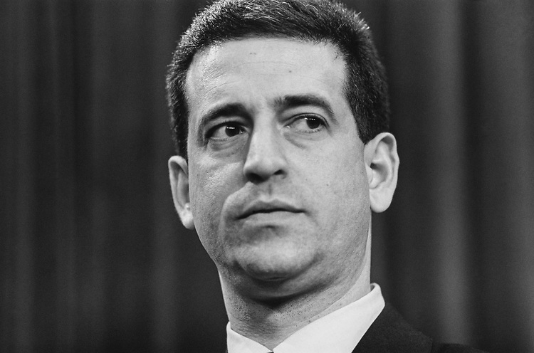 Sen. Russ Feingold, D-Wis., in May 1993. (Photo by Laura Patterson/CQ Roll Call via Getty Images)