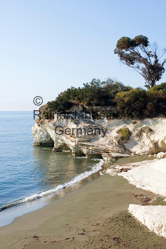 CYPRUS, near Limassol (Lemesos): Governor's Beach | ZYPERN, bei Limassol (Lemesos): Governor's Beach