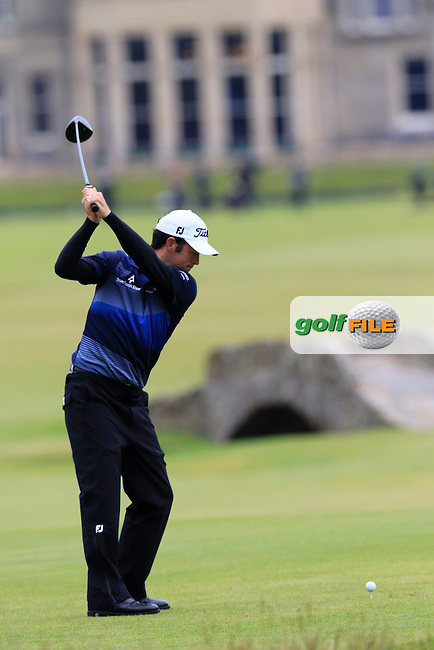 Robert Streb (USA) tees off the 18th tee during Monday's Final Round of the 144th Open Championship, St Andrews Old Course, St Andrews, Fife, Scotland. 20/07/2015.<br /> Picture Eoin Clarke, www.golffile.ie