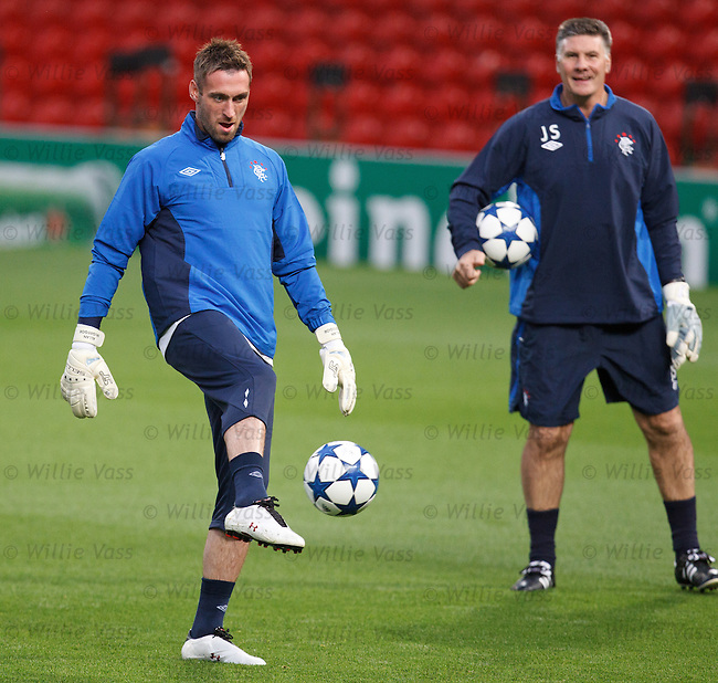 Allan McGregor watched by Jim Stewart