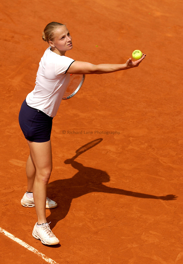 Photo. Jed Wee..French Open Tennis Championships, Roland Garros, Paris, France. 29/05/2003..Evgenia Koulikovskaya.