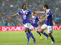 BOGOTA-COLOMBIA-17-03-2013.Jorge Perlaza ( Izquierda) y Pedro Franco ( Derecha) de Millonarios celebra su gol convertido  con la cabeza  ante el Cúcuta Deportivo, partido correspondiente a la Liga Postobón I en el estadio El Campín . Jorge Perlaza (left) and Peter Franco (right) celebrates his goal Millionaire turned his head at the Cucuta Deportivo, league game for the Postobon I in the Campin Stadium.Photo / VizzorImage / Felipe Caicedo / Staff