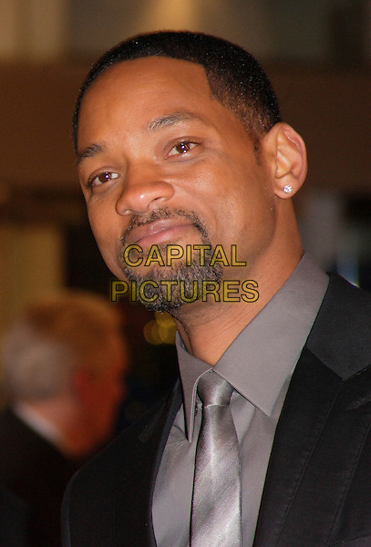 "WILL SMITH.""I Am Legend"" UK film premiere, Odeon Leicester Square, London, England..December 19th, 2007.headshot portrait goatee facial hair .CAP/ROS.©Steve Ross/Capital Pictures"