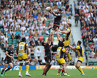 Jim Hamilton of Saracens wins a lineout during the Aviva Premiership Rugby match between Saracens and Worcester Warriors at Twickenham Stadium on Saturday 03 September 2016 (Photo by Rob Munro/Stewart Communications)