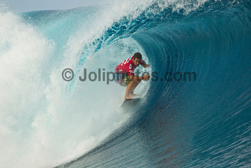 "TEAHUPO'O, Taiarapu/French Polynesia (Monday, August 29, 2011) - Kelly Slater (USA), 39, reigning 10-time ASP World Champion, has claimed the Billabong Pro Tahiti presented by Air Tahiti Nui over Owen Wright (AUS), 21, in clean four-to-six foot (1.5 - 2 metre) waves at Teahupo'o.. Event No. 5 of 11 on the 2011 ASP World Title season, the Billabong Pro Tahiti culminated a historic incarnation of the event today, with the world's best surfers pushing the performance envelope in incredible conditions..       .     Slater began to really pick up steam in today's conditions, dispatching of an in-form Josh Kerr (AUS), 27, in the Semifinals before meeting lethal goofy-footer Wright in the Finals. The iconic American utilized his superior backhand tube-riding technique to post an 18.43 heat total out of a possible 20, which would prove too much for his younger opponent to overcome..       .     ""I felt like I finally hit my stride in the Semifinals this morning,"" Slater said. ""In the Final, I fell on a couple of waves that were maybe better than what I ended up getting scored on. It put the pressure on me, and took the pressure off him (Wright). He got that really big one at the end that could have gotten pretty close to the score. These are the best conditions this event has ever run in. It's been a phenomenal week."".       .     Coming into Tahiti rated No. 6 on the ASP World Title rankings, Slater's win today rockets the Floridian to the No. 1 spot after a number of top seeds suffered early eliminations at the hands of an unmerciful Teahupo'o..       .     ""It's one of those weird events where you have to scramble through the early rounds,"" Slater said. ""Every year at this event, there are few of the top guys that lose in the early rounds and you have to scramble if you want a result here. You have to be in tune with the tides, swell direction and everything to make sure you get those waves that get you the score."".       .     Today"