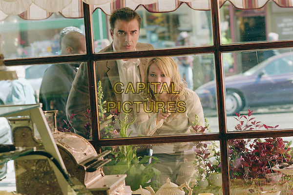 CHRIS NOTH & HILARY DUFF.in The Perfect Man (2005).*Filmstill - Editorial Use Only*.CAP/AWFF.Supplied by Capital Pictures.