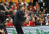 20200206 – OOSTENDE ,  BELGIUM : Canadian head coach Lisa Thomaidis pictured during a basketball game between the national teams of Canada and the National team of Belgium named the Belgian Cats on the first matchday of the FIBA Women's Qualifying Tournament 2020 , on Thursday 6  th February 2020 at the Versluys Dome in Oostende  , Belgium  .  PHOTO SPORTPIX.BE   DAVID CATRY