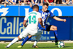 Deportivo Alaves' Munir El Haddadi (r) and Real Madrid's Carlos Henrique Casemiro during La Liga match. September 23,2017. (ALTERPHOTOS/Acero)