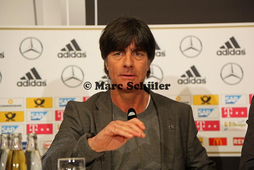 Bundestrainer Joachim Loew (D) - Deutschland vs. Australien, Fritz-Walter-Stadion Kaiserslautern