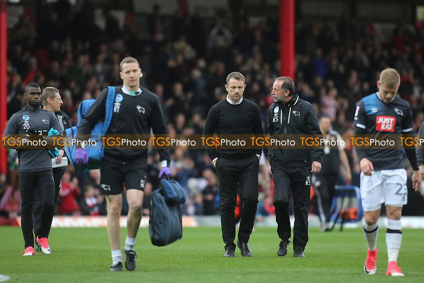 A dejected Gary Rowett, Manager of Derby County, walks off at the end of the match during Brentford vs Derby County, Sky Bet EFL Championship Football at Griffin Park on 14th April 2017