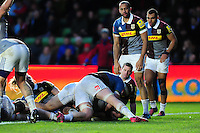Kane Palma-Newport of Bath Rugby crosses the try-line. Aviva Premiership match, between Harlequins and Bath Rugby on November 27, 2016 at the Twickenham Stoop in London, England. Photo by: Patrick Khachfe / Onside Images