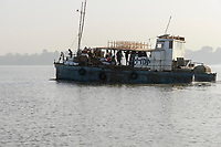 ETHIOPIA , Bahar Dar, lake Tana, ferry boat transport people and cargo / AETHIOPIEN, Bahir Dar, See Tana, Faehr Boot