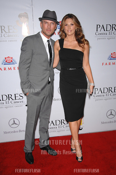 Daisy Fuentes & Matt Goss at a fund-raising gala to benefit Padres Contra El Cåncer (parents against cancer) at The Lot, Hollywood..October 19, 2007  Los Angeles, CA.Picture: Paul Smith / Featureflash
